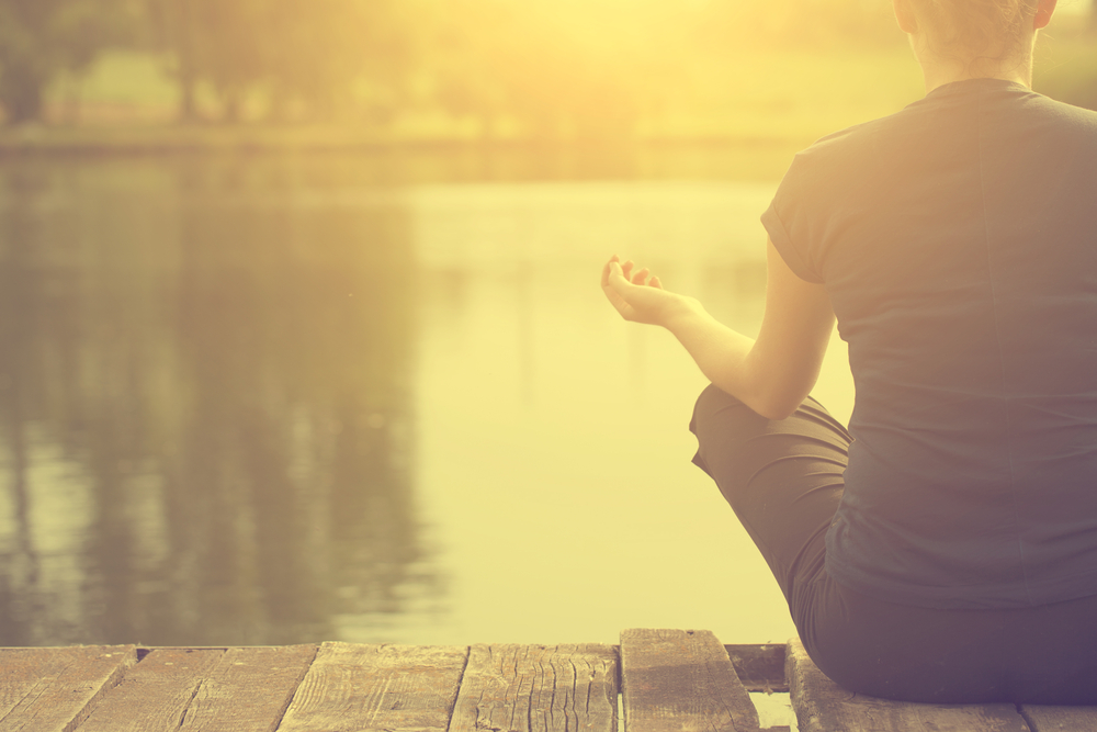 how to live a more mindful life